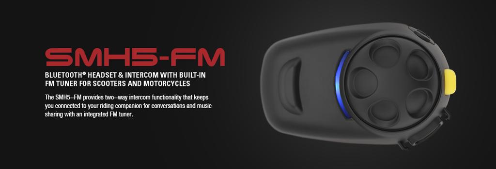 as SMH5-FM Motorrad Bluetooth Headset von SENA für bis zu 4 Fahrer, bis 400m Interkom Reichweite mit eingebautem FM-Radio und Senderspeicher