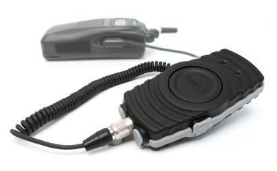 SR10 Bluetoothadapter for two way radios - Bluetooth v2.1 Class 1 PTT (Push-To-Talk) Adapter